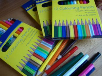 48 HELIX COLOURING PENCILS HALF SIZE - 4 Wallets of 12